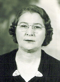 Ursula Freeze Hollingsworth - ca. 1927